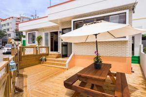 Yours Guesthouse in Tongyeong, Vendégházak  Thongjong - big - 21