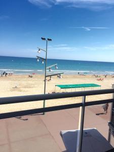 Pineda Beach, Ferienwohnungen  La Pineda - big - 19