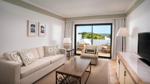 Pine Cliffs Hotel, A Luxury Collection Resort, Resorts  Albufeira - big - 85