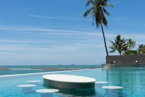 Beachfront Pool Access - Ban Bang Kalo