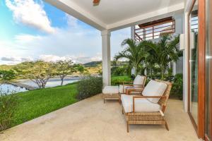 Las Verandas Hotel & Villas, Resort  First Bight - big - 89