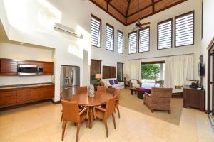 Las Verandas Hotel & Villas, Resort  First Bight - big - 6