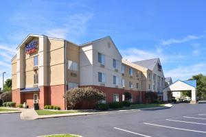 Fairfield Inn & Suites Louisville North / Riverside, Szállodák  Jeffersonville - big - 23