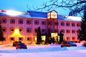 Drive Inn Hotel - Törökbálint