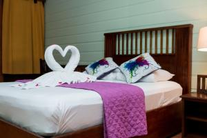 Standard Room - Include Transfer From SJO + Full Board + 2 Tours! Pachira Lodge