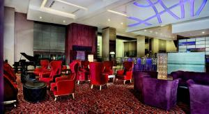 Grand Aston City Hall Hotel & Serviced Residences, Aparthotels  Medan - big - 8