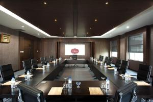Grand Aston City Hall Hotel & Serviced Residences, Aparthotels  Medan - big - 34