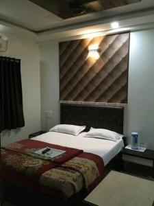 12 Star Garuda, Hotel  Pune - big - 15