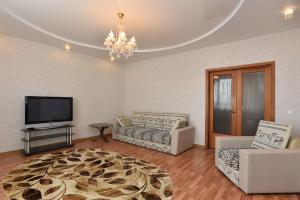 Apart-hotel Domashny Uyut na Malysheva 4B - Posëlok Krasnaya Zvezda