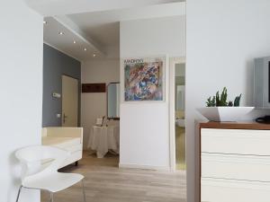 Hotel Sorriso, Отели  Милано-Мариттима - big - 9