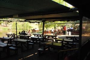 Wilgewandel Holiday Farm & Day Restaurant, Bed & Breakfasts  Oudtshoorn - big - 68