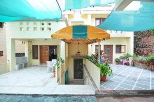 Lago villa, Bed & Breakfasts  Bhopal - big - 14