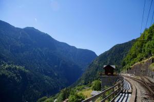 Lieu Secret dans les Alpes Suisses - Hotel - Le Trétien