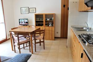 Appartamenti Rosanna, Apartmány  Grado - big - 29