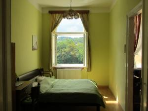 Apartment Fairy Tale, Apartmanok  Karlovy Vary - big - 1