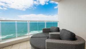 Pacific Views Resort - Gold Coast