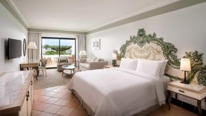 Pine Cliffs Hotel, A Luxury Collection Resort, Resorts  Albufeira - big - 9