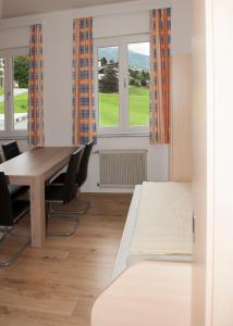 Jugend- und Familiengästehaus Heiligenblut, Hostelek  Heiligenblut - big - 48