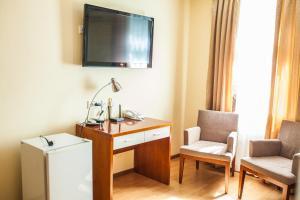 Riverside Hotel, Hotels  Atyraū - big - 9