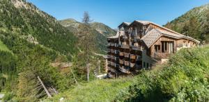Résidence Pierre & Vacances Les Terrasses d'Azur - Hotel - Isola 2000