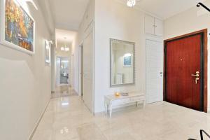 Oksanas Bernadette Apartment