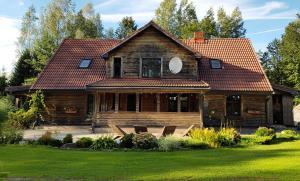 Viesu nams Jaunzilaksi