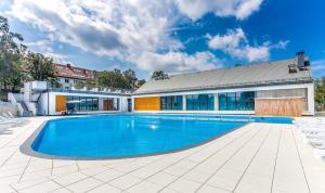 Feniks Apartamenty - Holiday Home, Apartmanok  Kołobrzeg - big - 122