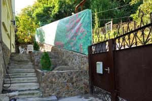 Guest House Gostevie Domiki, Penzióny  Gorjačij Ključ - big - 71