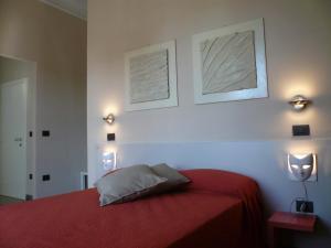 Lucca In Villa Elisa & Gentucca - AbcAlberghi.com