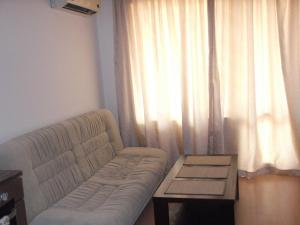 Sunny Beach Apartment 90