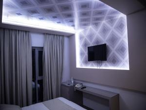 New W Hotel, Hotely  Tirana - big - 19