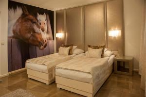 Varga Tanya Hotel - Kerekegyháza