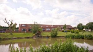 Willow Lakes - binbrook