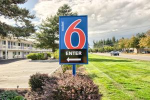 Motel 6-Everett, WA - North