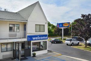 Motel 6 Hartford - Southington, Szállodák  Southington - big - 35