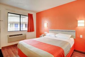 Motel 6 Hartford - Southington, Hotel  Southington - big - 32