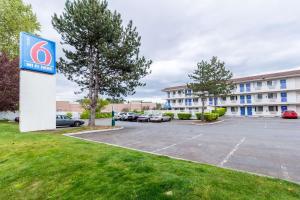 Motel 6-Kirkland, WA - North Kirkland