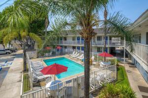Motel 6-El Cajon, CA - San Diego