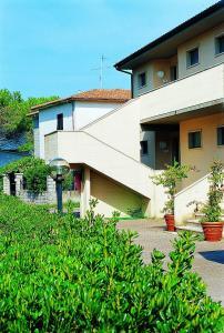 Elbamar Marina Di Campo - AbcAlberghi.com