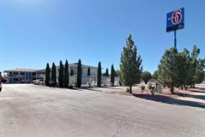 Motel 6-Carlsbad, NM