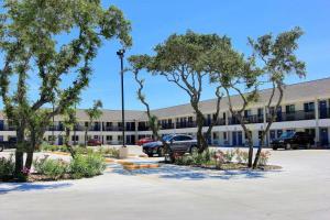 Motel 6-Rockport, TX