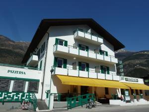 Hotel Goldrainerhof - Vezzano