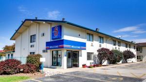 obrázek - Motel 6 Normal - Bloomington Area