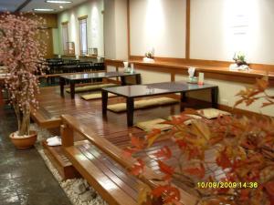 Manhattan Hotel Pathumtani, Hotely  Ban Lam Rua Taek - big - 31