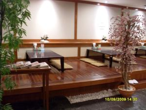 Manhattan Hotel Pathumtani, Hotely  Ban Lam Rua Taek - big - 29