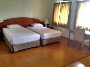 Manhattan Hotel Pathumtani, Hotely  Ban Lam Rua Taek - big - 20