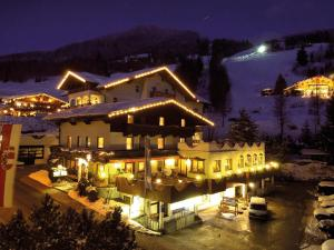 Hotel Rothirsch by Skinetworks - St Johann im Pongau
