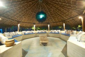 Dolphin Beach Resort (14 of 122)
