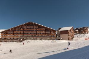 Pierre & Vacances Le Mont Soleil - Apartment - La Plagne