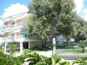 Hostales Baratos - Hotel Nestor